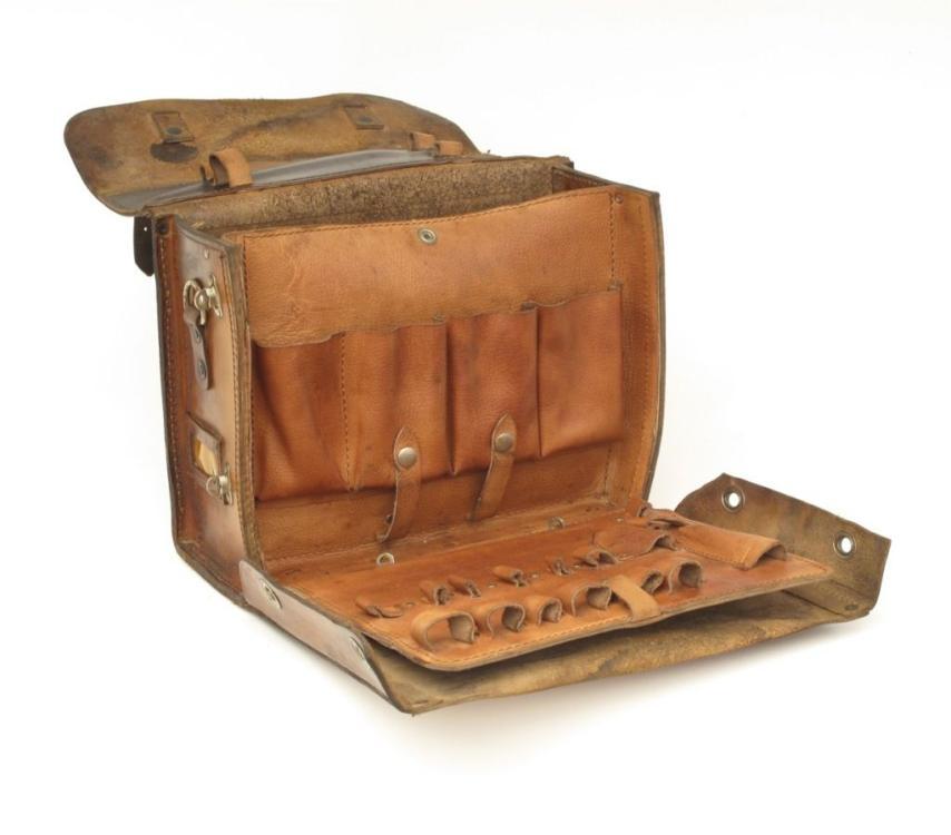 Brown Leather Craftsman Tool Case Satchel | 1stdibs.com | Leather diy,  Leather craftsmen, Leather handmade