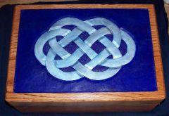 Caseys Box 01.JPG