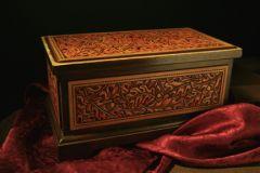Oak leaf box