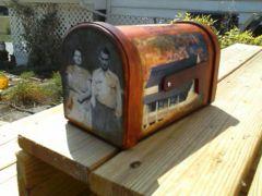 Mailbox Flag Down.jpg
