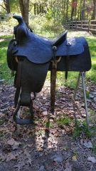 N. PORTER saddle