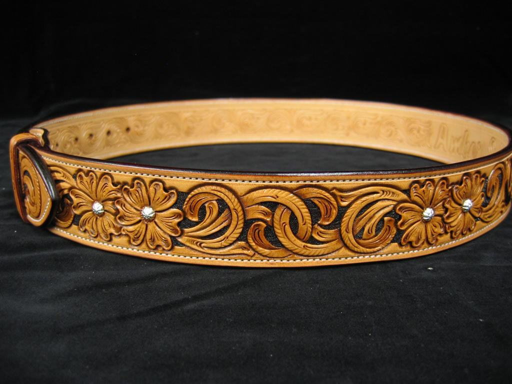 New belt pattern floral and sheridan carving