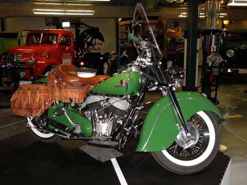 Dream Machine Motorcycles 1946 Indian Dream Mach...