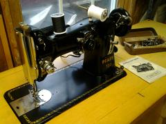 singer 29-4  & Deluxe Sewing Machine