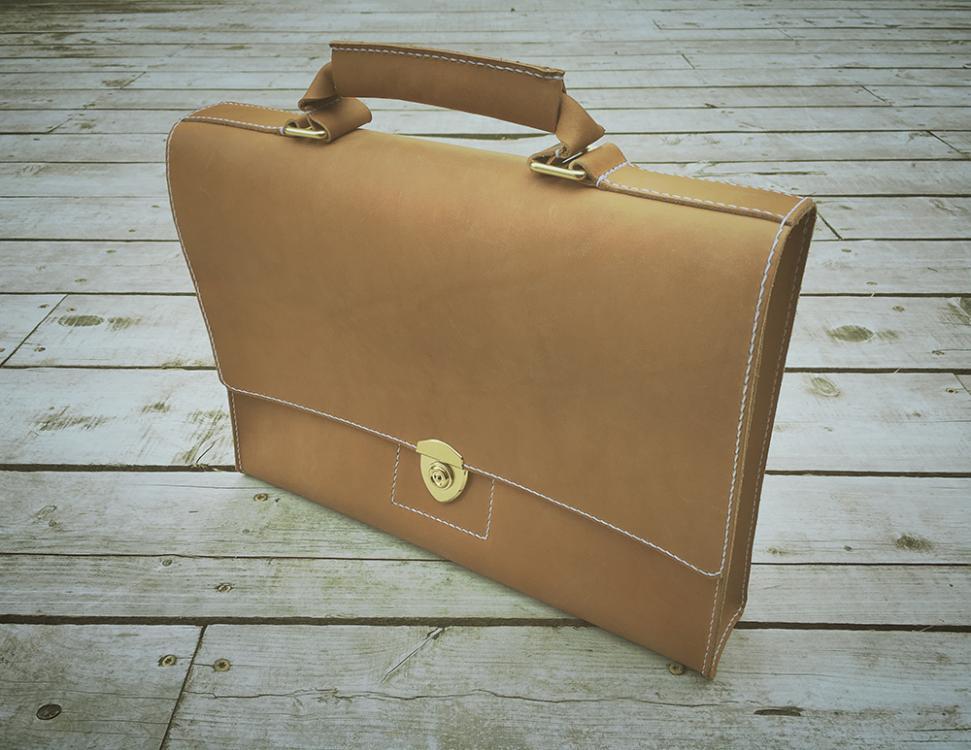 oakenlander_briefcase3.jpg
