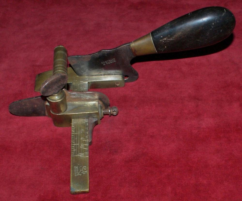 Portrait couteau mécanique (1).jpg