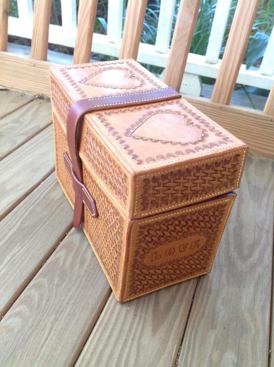 BoxCLoRes.thumb.jpg.0d914c42e2cf8438d96c25f81ad0ea53.jpg