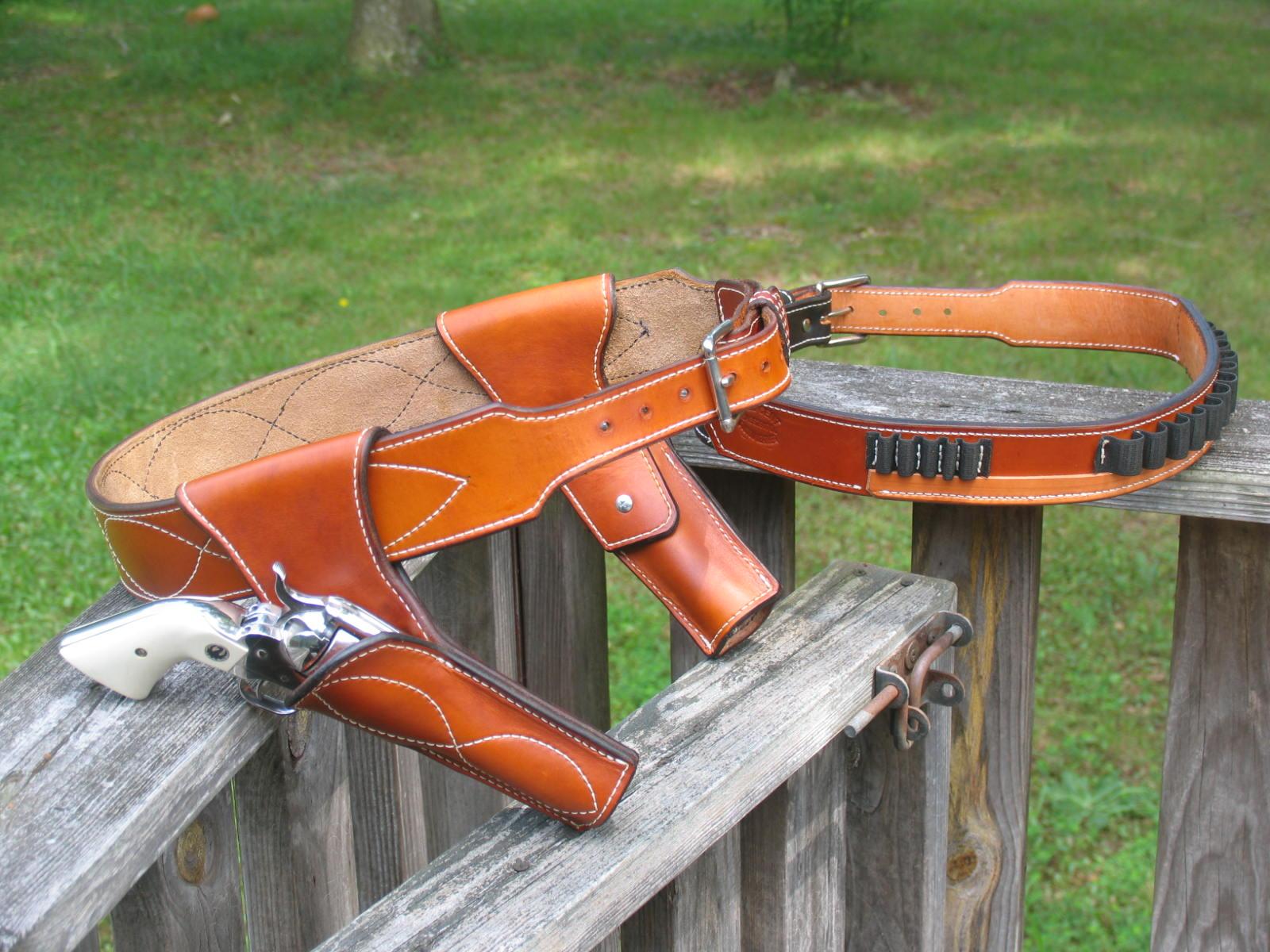 Helloooooooo - Gun Holsters, Rifle Slings and Knife Sheathes