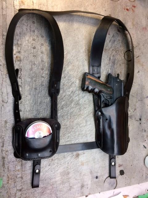 HW45 full shoulder holster (Small).JPG