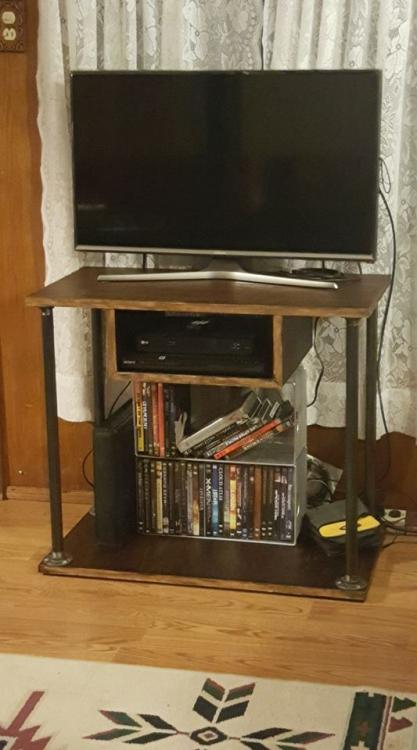entertainment stand.jpg