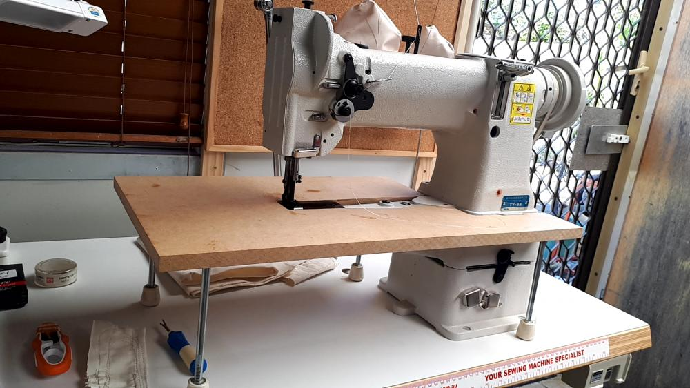 sewing machine with flat bed.jpg