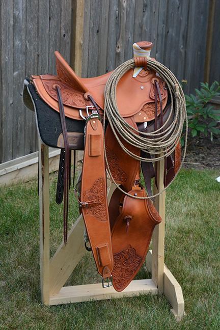 saddle04-01.jpg.fce6f623e3bab0347c06b00e96cab7fb.jpg
