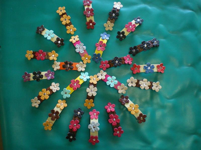 Flower hair clip.JPG