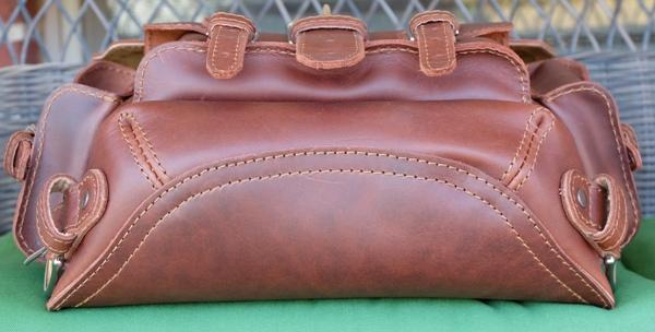saddleback-thin-front-pocket-backpack-07.jpg