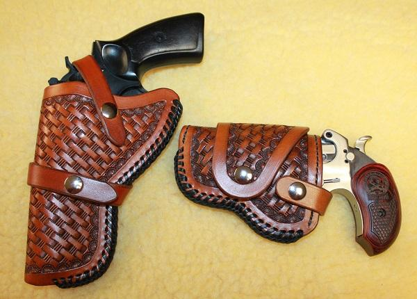 Bond Arms 4.25 Driving Holster 017R.jpg