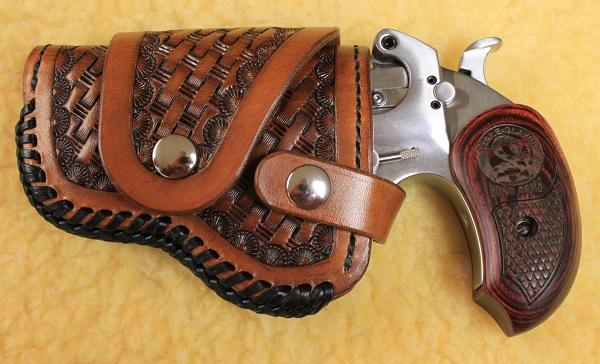 Bond Arms 4.25 Driving Holster 001R.jpg
