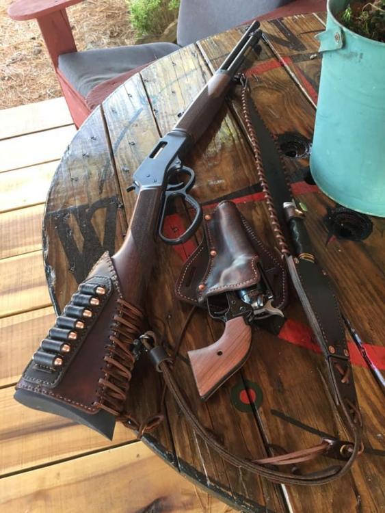 BHslingandholsterplus leather acc..jpg