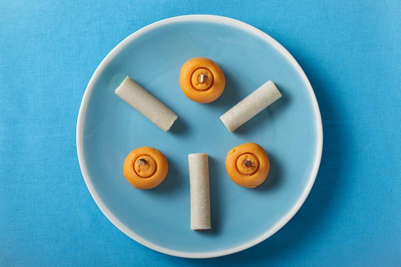 Hindoo_sweets-2.jpg.871fcbab5d470c40ce2b9faa0dfe2eb2.jpg
