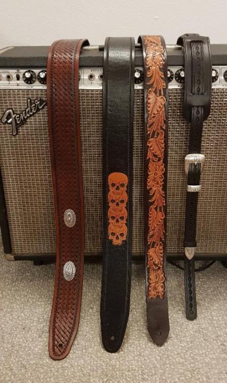 guitar strap1.png