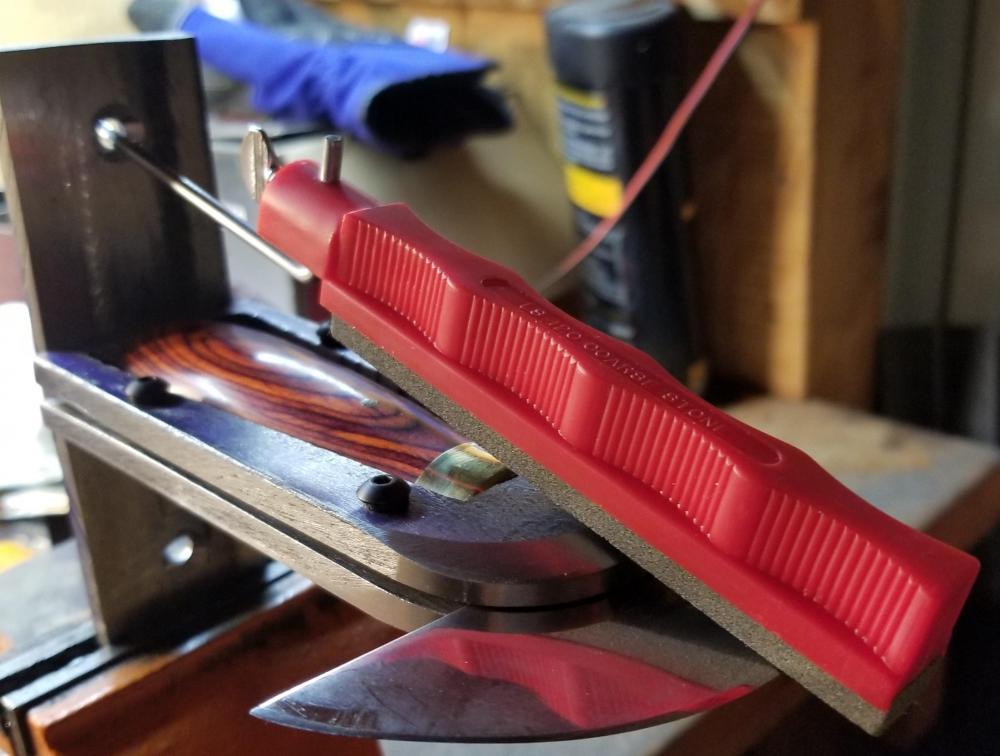 Cropped sharpening jig.jpg