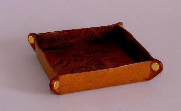 J's tray, 02LWs.jpg